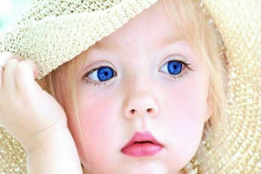 Is it true that all babies are born with blue eyes?
